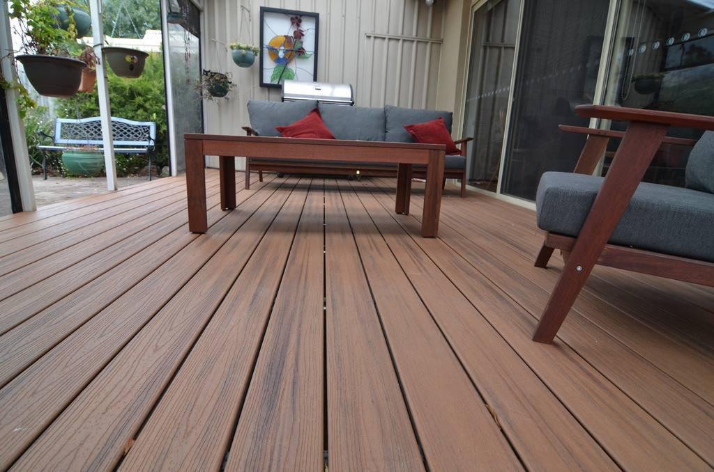 WPC decking co-extrusion
