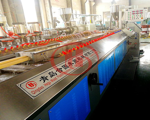 WPC door frame extrusion line