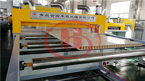 PVC WPC hollow board cutting machine