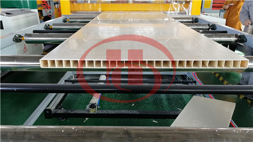 PVC WPC hollow board stacker machine