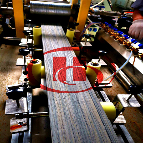 wooden color co-extrusion WPC decking machine