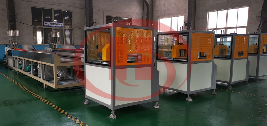 WPC profile machine for Romania customer