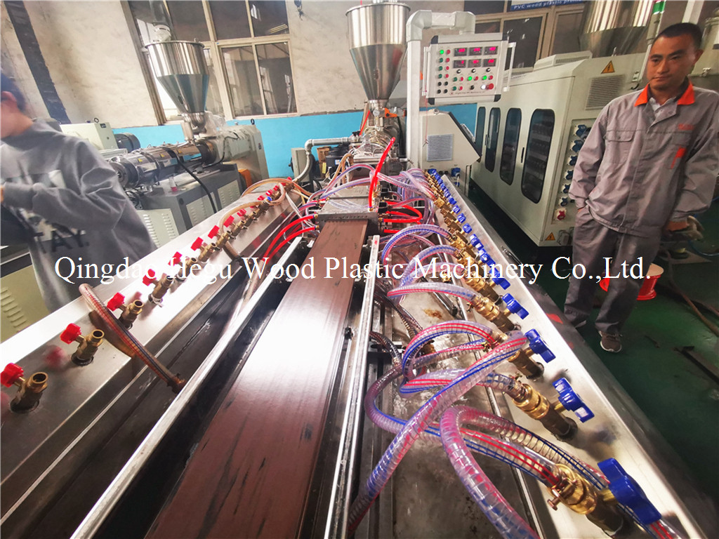 WPC decking machine