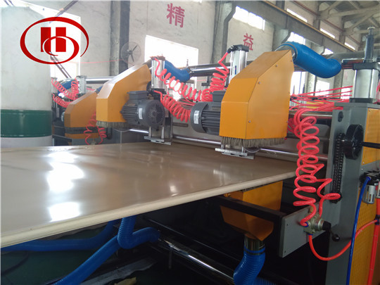 Automatic cutting device