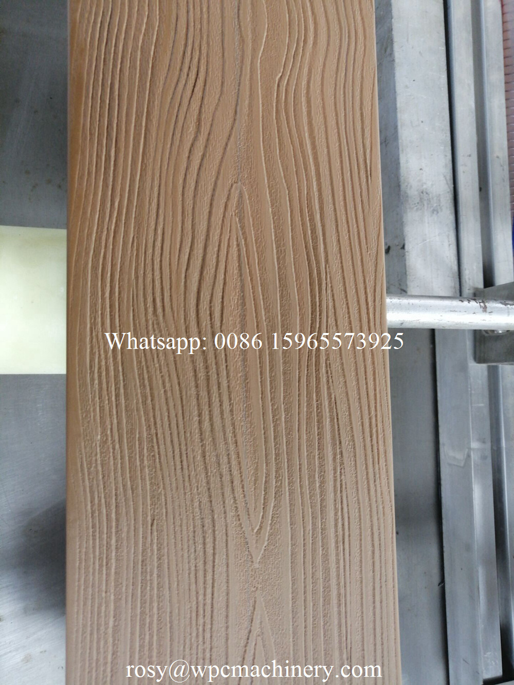 wood color wpc decking