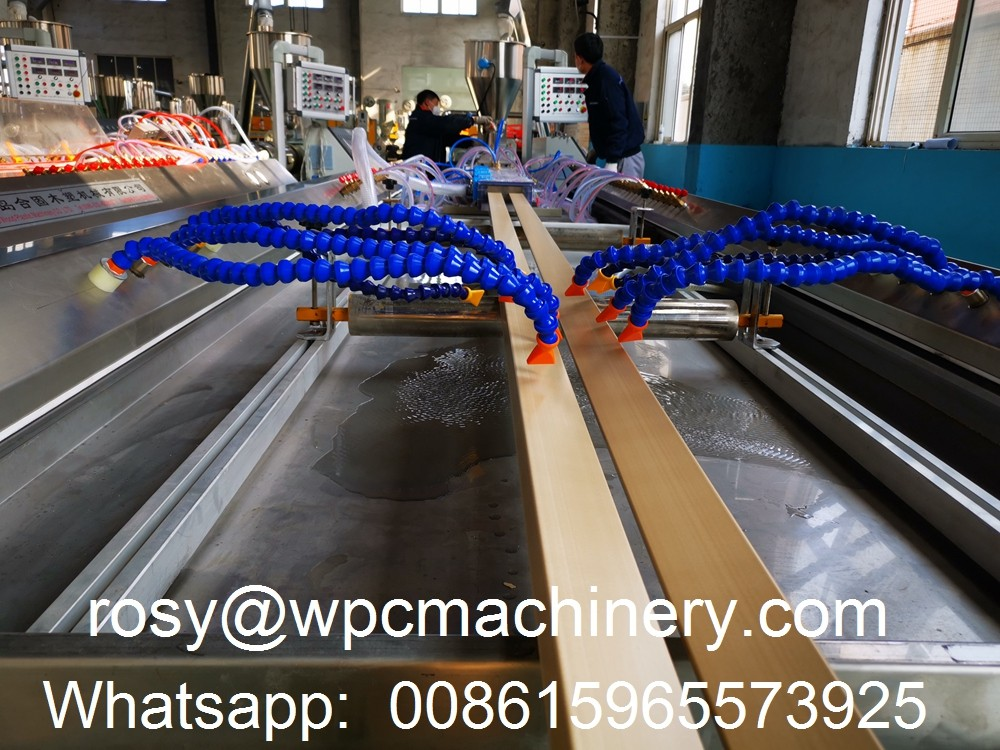WPC door frame die head and calibration mold