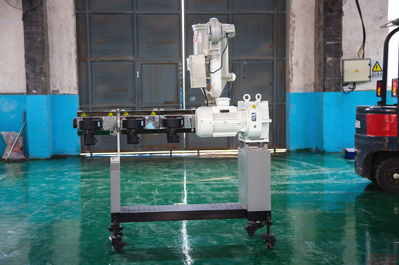 Single screw extruder SJ35/28  for the surface