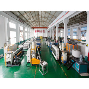 1700mm Plastic PP Hollow Sheet Extrusion Machine for PP Packing Sheet