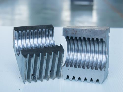 Machine à tuyaux ondulés à paroi unique en plastique