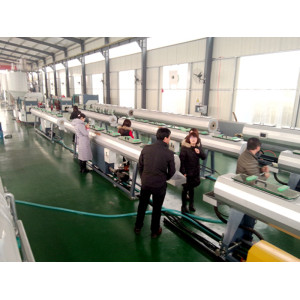 160-450mm High Speed HDPE Plastic Water Supplying and Gas Supplying Pipe Extrusion Line