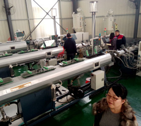 315-630mm large diameter Plastic HDPE Pipe Extrusion Machine for making Water and Gas Pipe