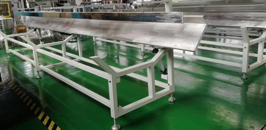 PE WPC Products stacker