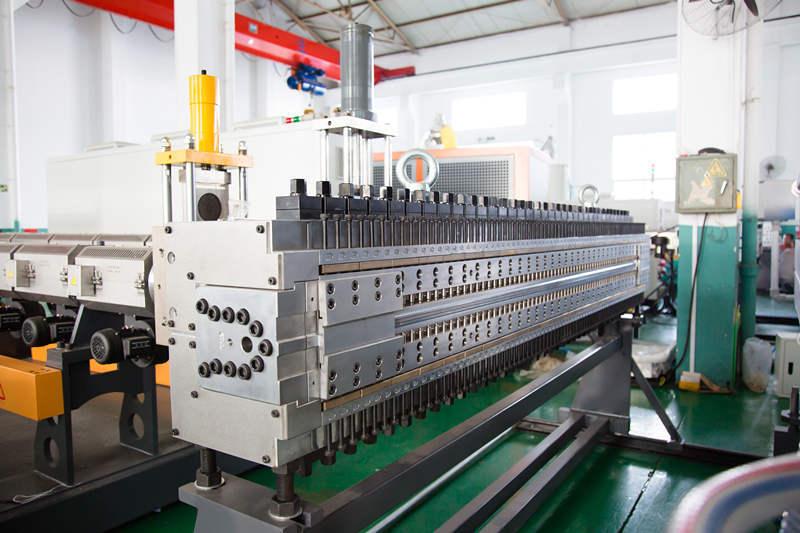 PP corrugated sheet machine mold