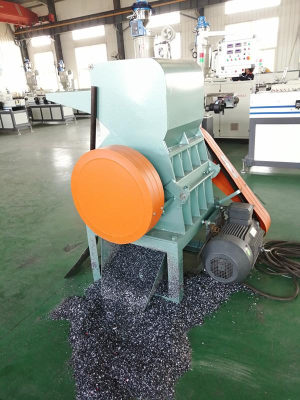 Prix de fabricant de broyeur de plastique recyclé de déchiqueteur en plastique de Tongsan SWP 260