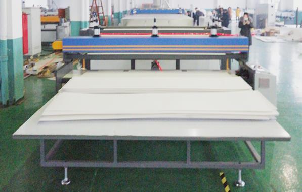 Feuille ondulée creuse Tongsan 1700mm PP