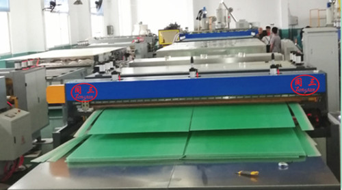 Hot sale PP corrugated hollow sheet gift boxes making machine price