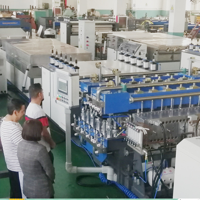 Moxico customer visit our factory for PP hollow corrugated sheet making machine
