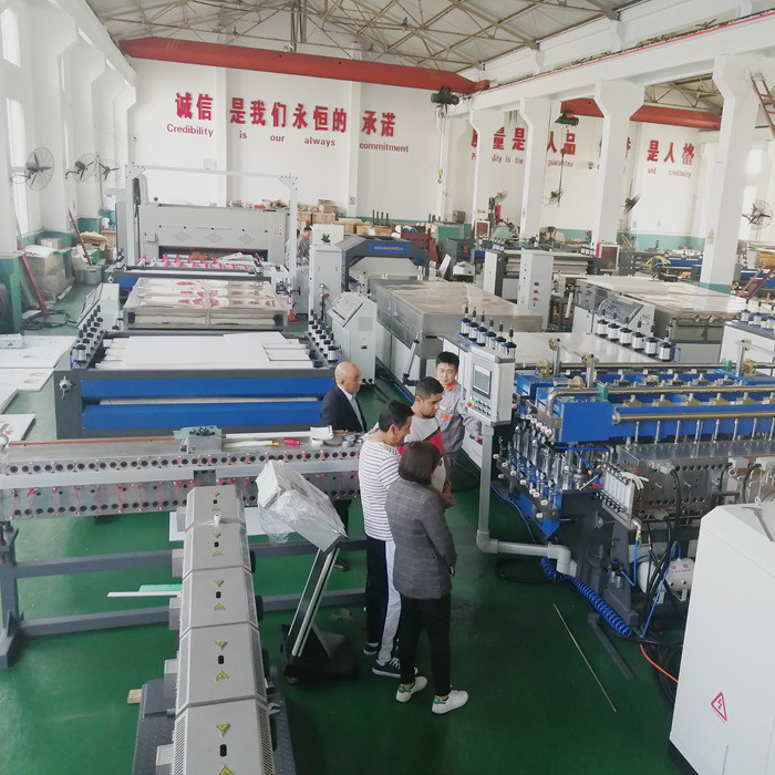 Moxico customer visit our factory for PP hollow corrugated sheet machine