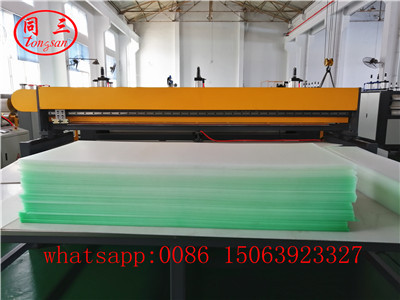 Stacker for PP hollow corrugated sheet
