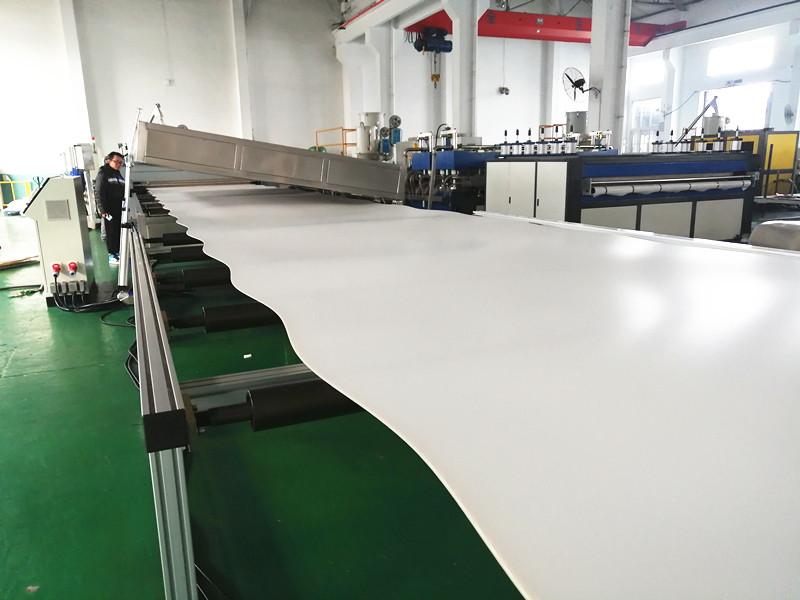 S type pp hollow sheet machine