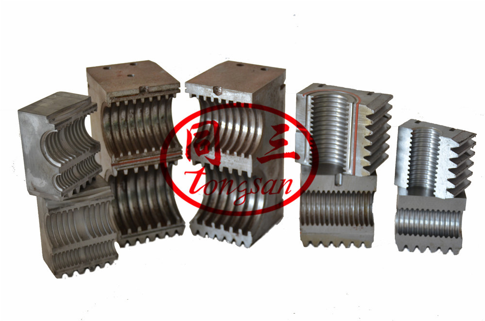 corrugated pipe mould block making