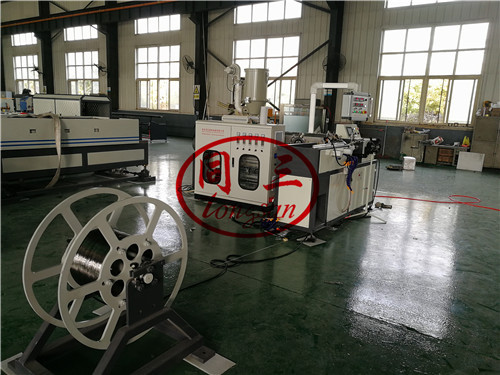 steel wire shrinkable pipe machine