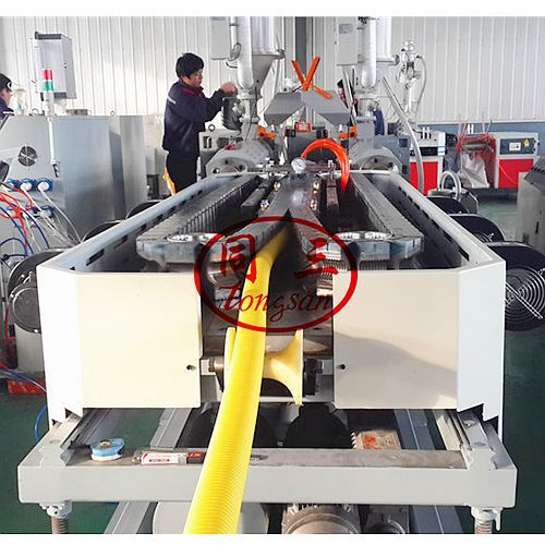 DWC pipe extruding line