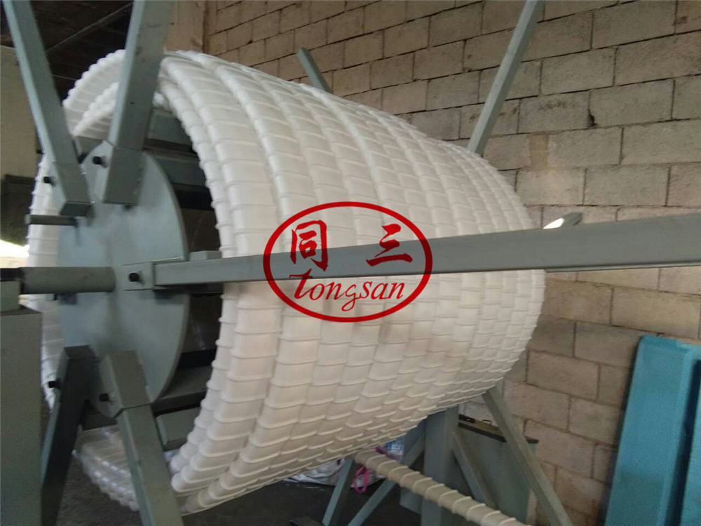 flat corrugated pipe winder