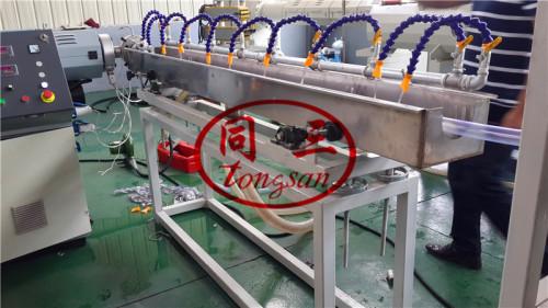 Soft pvc flexible pipe making machine / garden hose production line manufacturer