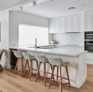 الصلبة الخشب مطبخ مجلس الوزراء مصنعين شاكر خيارات تصميم مجلس الوزراء مع نوعية جيدة