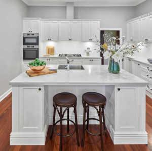 Proyecto de villa mueble de cocina blanco de madera de abedul macizo estilo americano