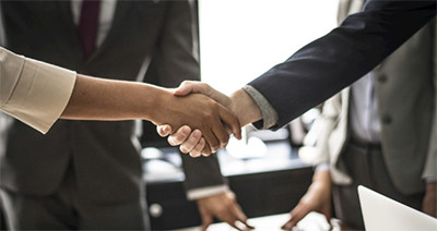 ¿Cuáles son las condiciones comerciales generales con su empresa?