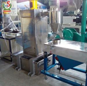 Anneau d'eau type de coupe à chaud déchets PP PE ligne de granulation en plastique / PP PE film machine de granulation