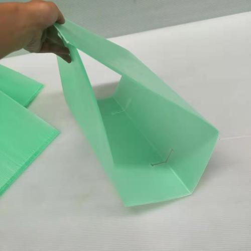 UV Treated PP Corflute Plastic Triangle Tree Guards/ Square Tree Protectors