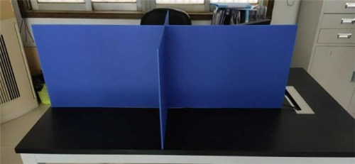Recyclable and light weight Cheap price Table divier plastic board with support