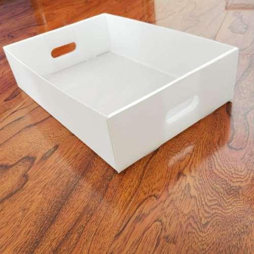 White color folding corrugated packing box