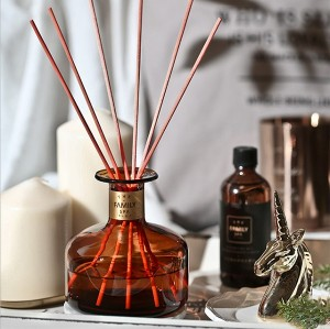 New wedding luxury design gift set packaging box aroma green rattan sticks glass bottle reed diffuser wholesale