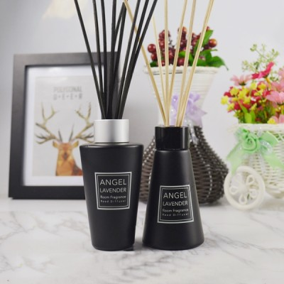 Luxury custom decorative fragrance reed diffuser with black glass bottle