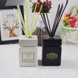 New design custom logo aroma reed diffuser with wood cap