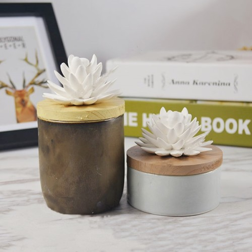 Hot Handmade Home Decoration Ceramic Reed Diffuser Bottle with Ceramic Flower