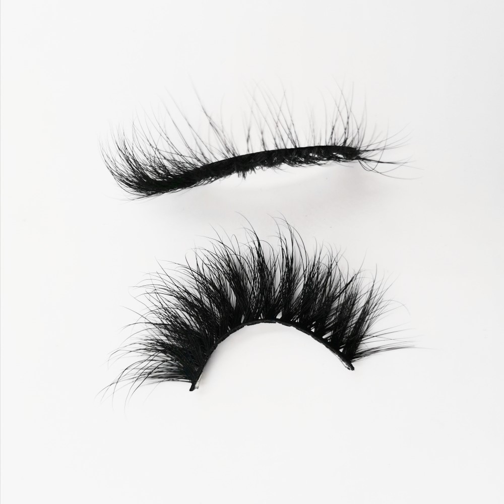 Can I use a lash curler on my falsies?