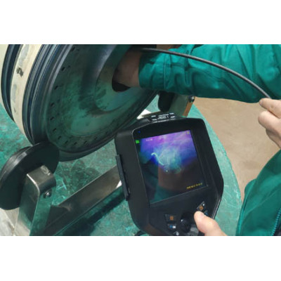 Expert in internal inspection of castings - UV Ultraviolet Borescope
