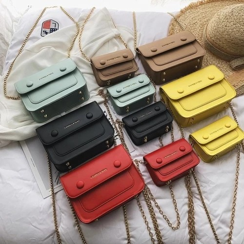 Trendy Multi Color Thin Chain Messenger Hand Bag