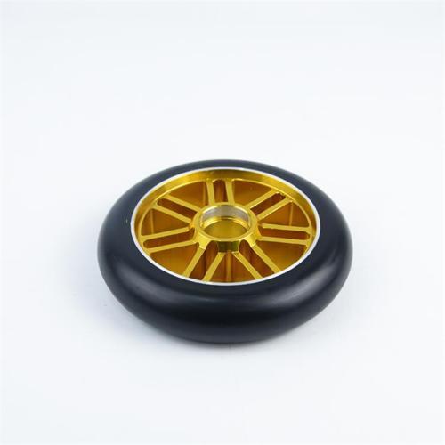 2 개의 바퀴 스쿠터를위한 주문 색깔 합금 중핵 110mm 보충 곡예 스쿠터 바퀴