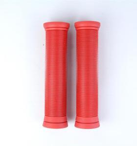 Puños de manillar de alta calidad de color rojo sólido TPR Pro Stunt Scooter