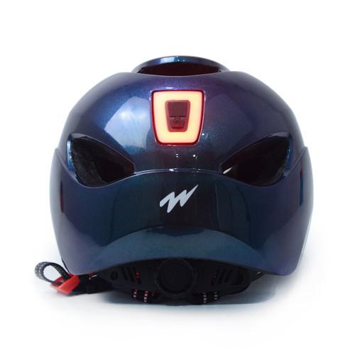 Casque intégré de scooter de PC de lumière du moule LED avec le certificat de la CE CPSC pour des adolescents et des adultes