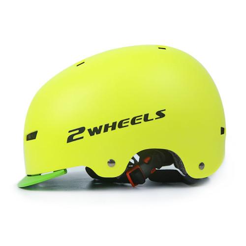 Casque de conception de langue de chapeau ABS Casques de sports de plein air Casques de scooter pour BMX