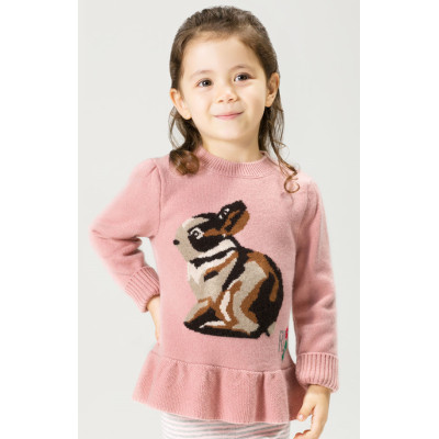 vestido de cachemir de color rosa con estampado de conejos