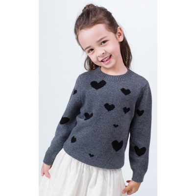 jersey de cachemir gris para niños con estampado de corazones y cuello redondo