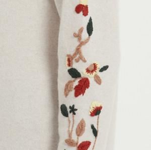 suéter de mujer de cachemira pura de moda de bordados a mano para otoño invierno